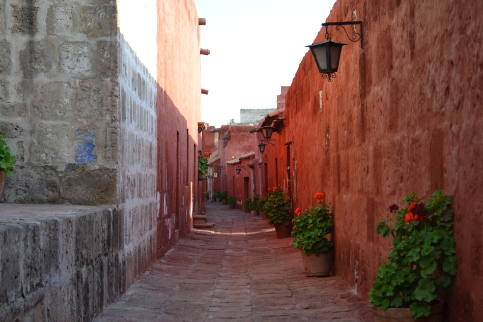 Los callejones del monasterio
