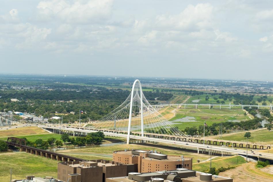 Puente atirantado Margaret Hunt Hill