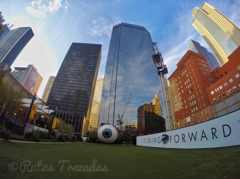 El ojo en el centro de Dallas