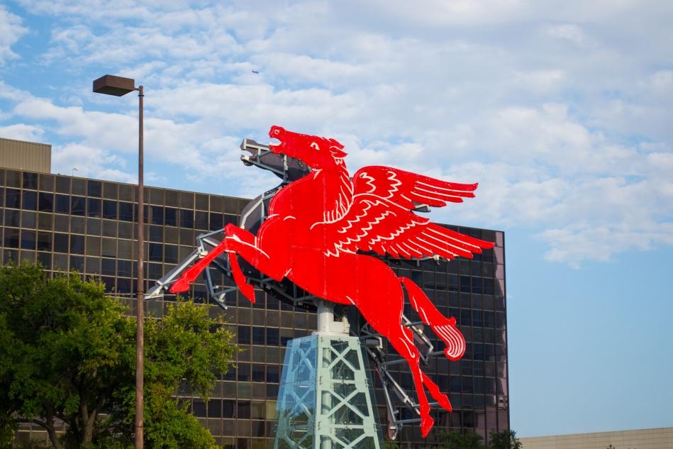 El Pegasus, ícono de Dallas
