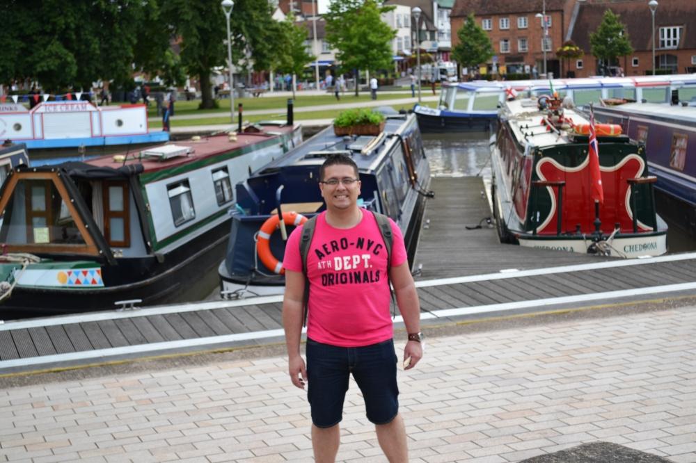 Junto al Avon Ring y sus botes